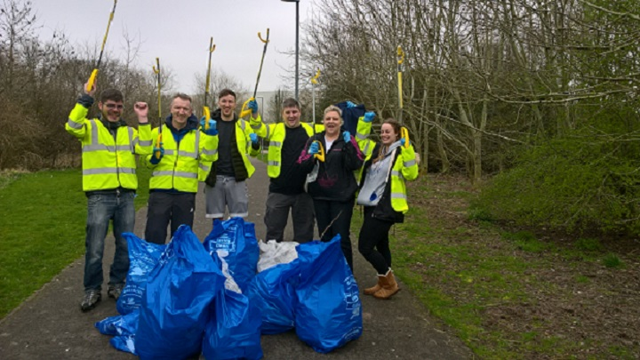 Nationwide litter picking team
